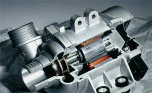 Електронний водяний насос BMW має стільки переваг і може заощадити паливо
