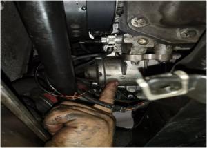 Метод заміни електричного водяного насоса BMW